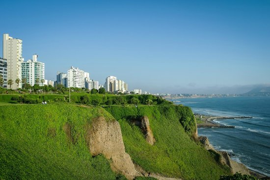 About Peru - Cliffs in Miraflores